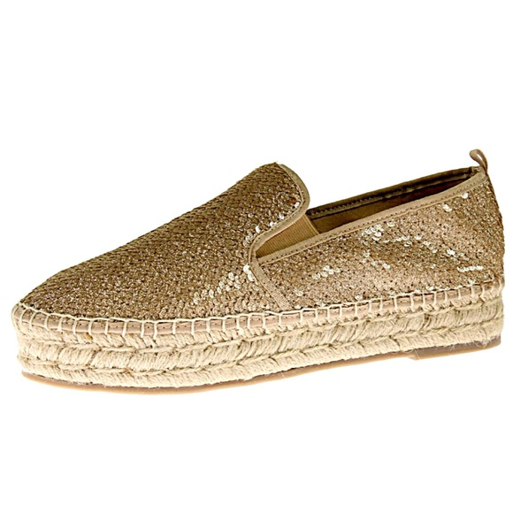 ac1e8db6aa4 Steve Madden Gold Sequin Espadrilles! NEW! Boutique